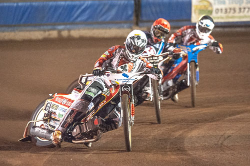 Photo by Ian Charles:  Richie Worrall (White) leads Ben Morley (Red) and leads Lewis Kerr (Blue)   Vortex Lakeside Hammers v Belle Vue Rentruck Aces, Elite League Play Off Semi Final 1st Leg,  21September 2016